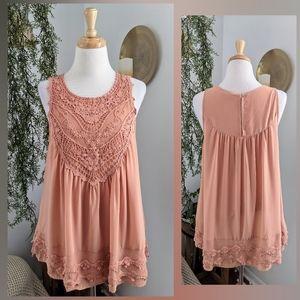 Entro   sleeveless blouse   small